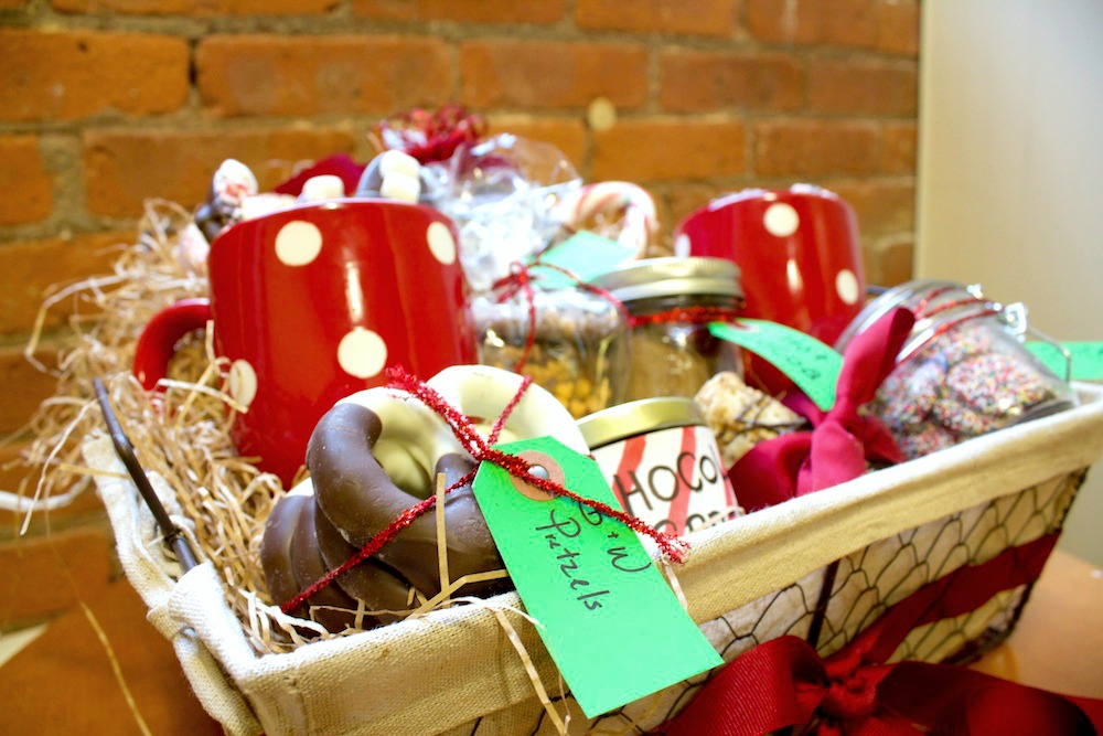 Food gift basket ideas for christmas