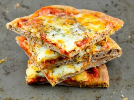 Easy Pita Bread Pizza