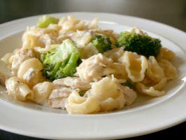 Cheesy-Chicken & Broccoli Ziti