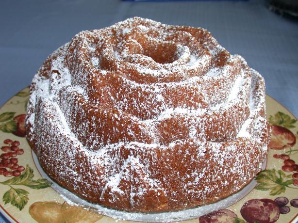 Sherry Bundt Cake. Photo by Charlotte J
