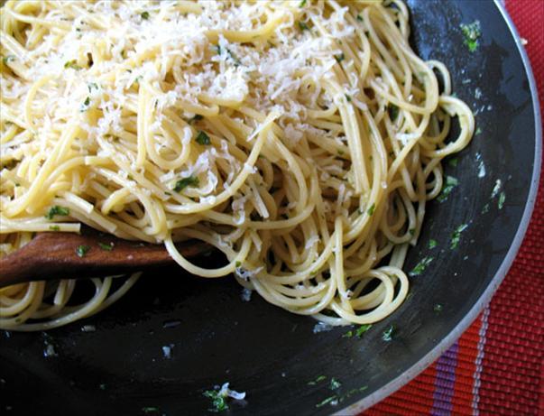 Garlic Spaghetti Sauce. Photo by -Sylvie-