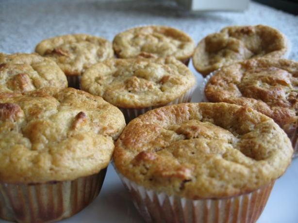 Applesauce Raisin Bran Muffins Recipe - Food.com