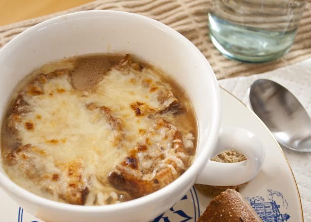 Easy French Onion Soup. Photo by Red Lab No.27