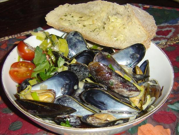Mussels Dijonaise. Photo by Pets'R'us