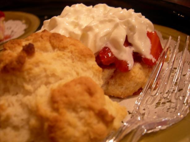 Easy Strawberry Shortcake Recipe - Dessert.Food.com