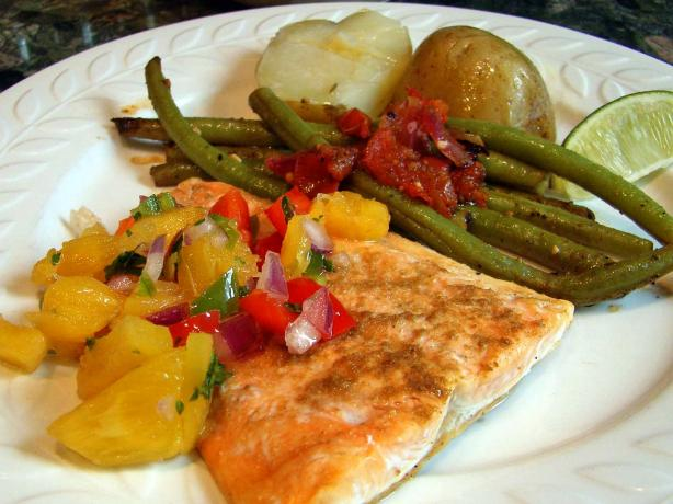 Salmon With Fresh Pineapple Salsa Recipe - Food.com