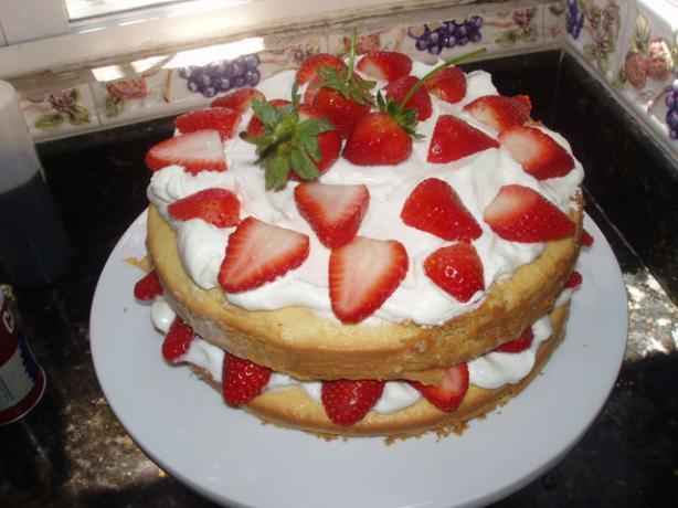 Barefoot Contessa Strawberry Country Cake