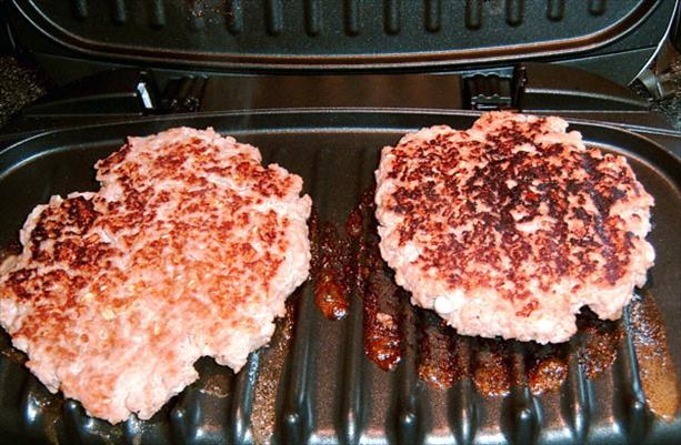 Healthy Ground Chicken Burgers. Photo by Mikekey