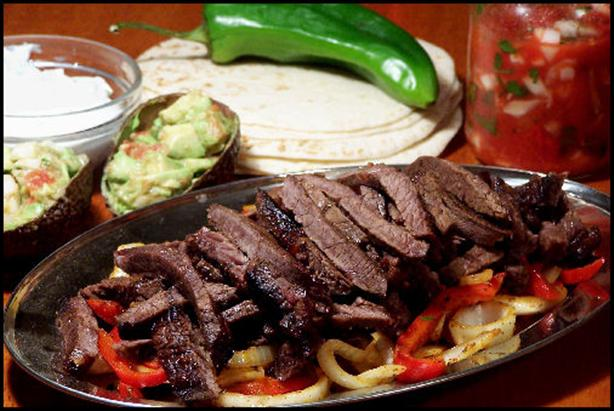 with steak fajitas b jpg skirt steak fajitas grilled fajitas are a ...