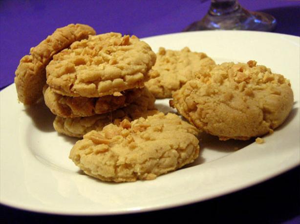 Peanut Butter Sandies. Photo by justcallmetoni
