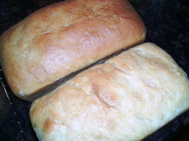 Basic Soft White Sandwich Loaf Bread. Photo by Red Apple Guy
