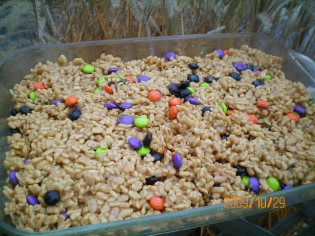Peanut Butter Rice Krispies Bars (No-Bake). Photo by CoffeeB