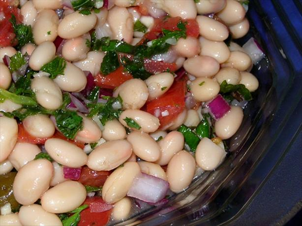 Greek White Bean Salad. Photo by justcallmetoni