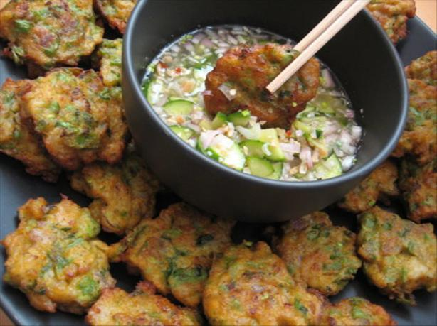 Tod Mun Goong ( Thai Fish and Shrimp Cakes ). Photo by Engrossed