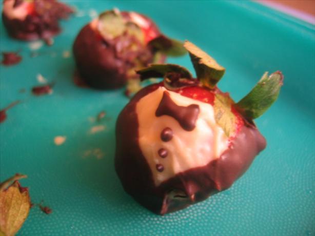 Chocolate Covered Tuxedo Strawberries Recipe Food Com