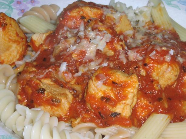 Chicken Marinara. Photo by TeresaS