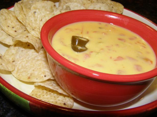 Favorite Chile Con Queso (A.k.a. Chile Cheese Dip). Photo by DuChick