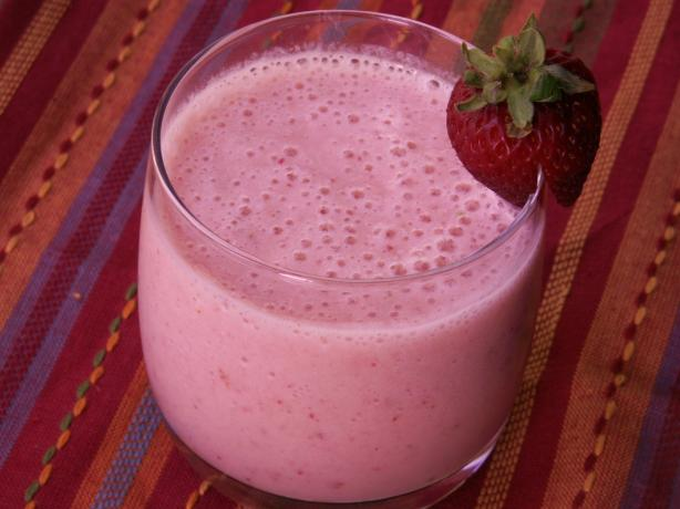how to make a good strawberry banana smoothie at home