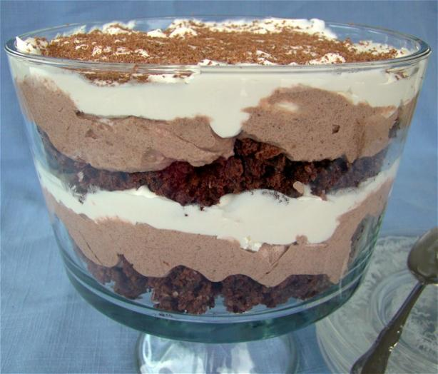 Low-Cal, Low-Fat Easy Chocolate Trifle. Photo by Marg (CaymanDesigns)