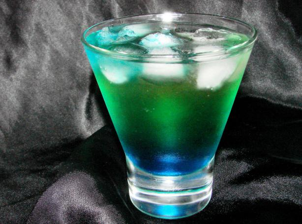 Alien urine sample halloween cocktail recipe for Halloween green punch recipes alcoholic
