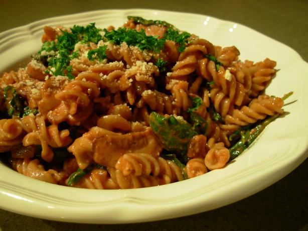 Pasta With Baby Bella Mushrooms & Spinach in a Tomato Cream. Photo by ...