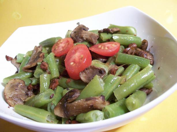 haricot verts green beans wild mushrooms with hazelnuts recipe. Black Bedroom Furniture Sets. Home Design Ideas
