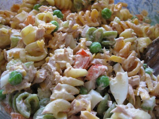 Evacuation Tuna & Pasta Salad. Photo by threeovens