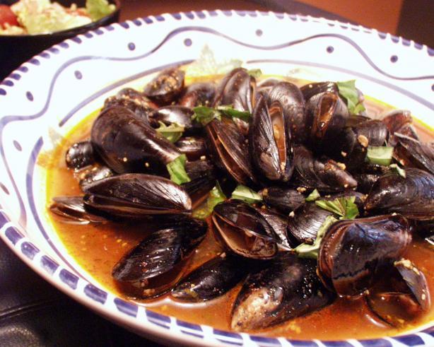 Stir-Fried Mussels With Chili, Garlic and Basil. Photo by FLKeysJen