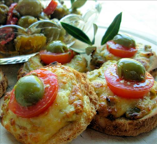 Mini Cheese And Olive Welsh Rarebit Bites For Festive ...