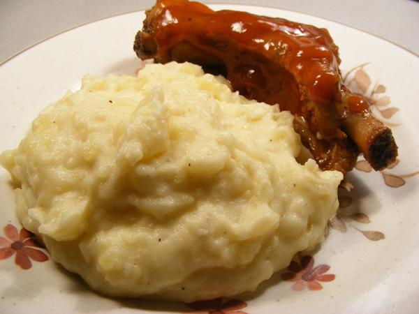 Roasted-Garlic Mashed Potatoes. Photo by Lavender Lynn