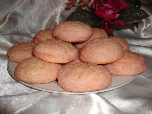 The Best Old Fashioned Sugar Cookies. Photo by Um Safia