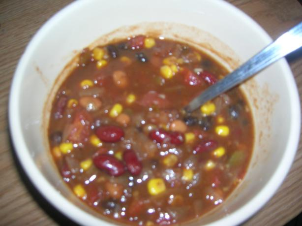 Dad's Delicious Easy Vegan Chili. Photo by Student of JESUS