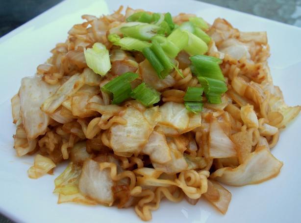 Mom's Yakisoba(Japanese fried noodles). Photo by *Parsley*