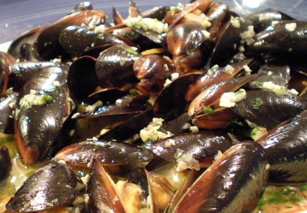 Mussels in White Wine Sauce. Photo by Mama's Kitchen (Hope)