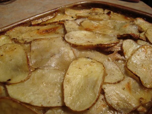 Ham and Potato Casserole. Photo by um-um-good