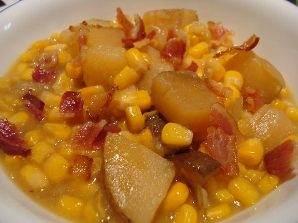 Slow Cooker Corn Chowder. Photo by Starrynews