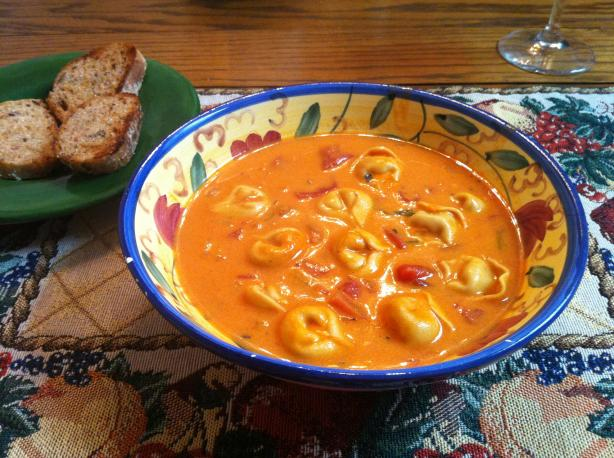 Creamy Tomato Basil Tortellini Soup Recipe - Food.com
