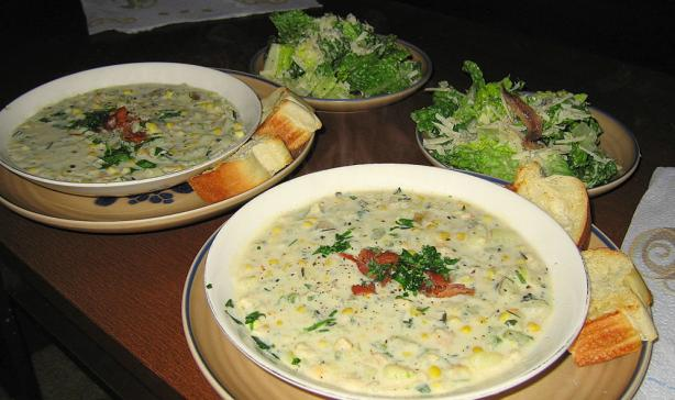 New England Clam and Corn Chowder With Herbs. Photo by Devin7H