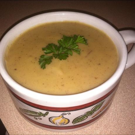 "Creamy "" Vegan Potato-Leek Soup. Photo by listentofoodeatwell"