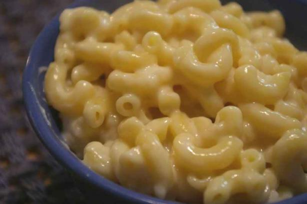 Stove-Top Macaroni and Cheese (Weight Watchers). Photo by Redsie
