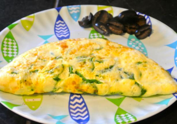 Spinach and Feta Omelet (Ww). Photo by morgainegeiser