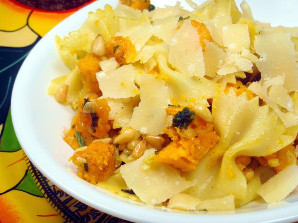 Pasta Pan-Fried With Butternut Squash, Fried Sage, and Pine Nuts ...