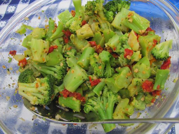 Broccoli With Sun-Dried Tomatoes And Roasted Garlic Recipe - Italian ...