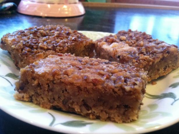 Macadamia Nut Blondies With Caramel-Maple Topping. Photo by worldmom12