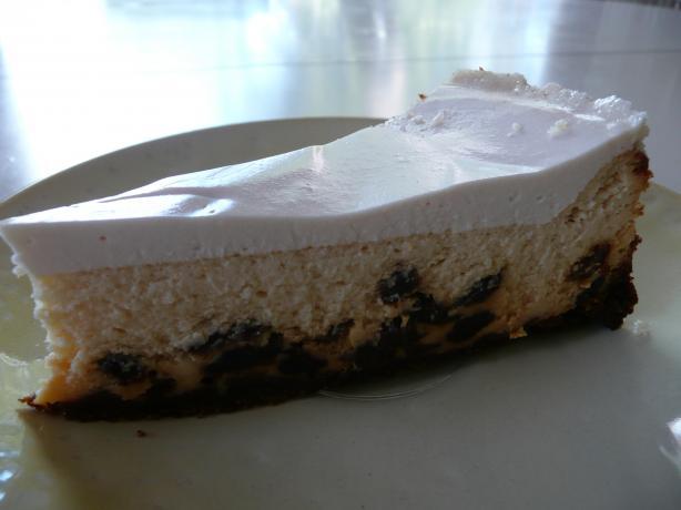 Rum-Raisin Cheesecake. Photo by cookiedog