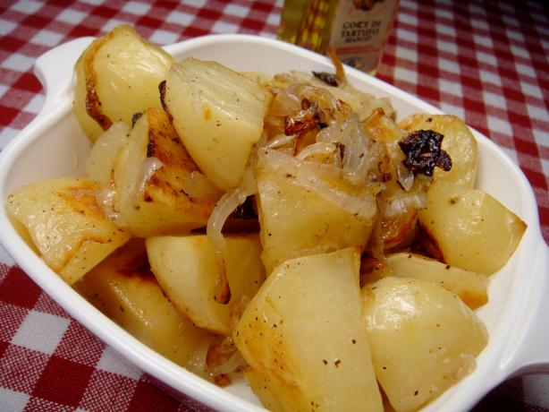 Roasted New Potatoes With Caramelized Onions and Truffle Oil. Photo by ...