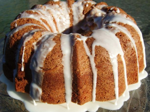 Apple Streusel Bundt Cake