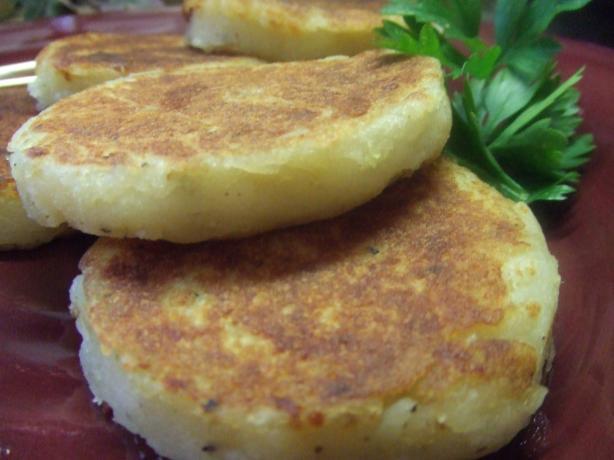 Crispy Potato Cakes. Photo by Vseward (Chef~V)
