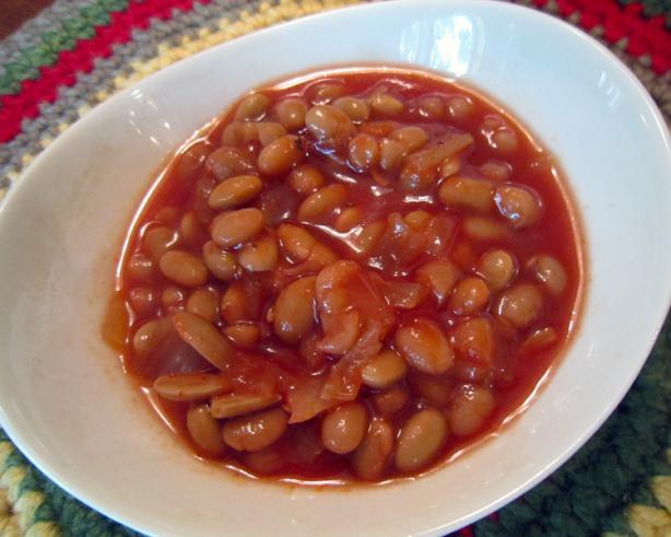 Maple Baked Beans (Crockpot). Photo by yogiclarebear