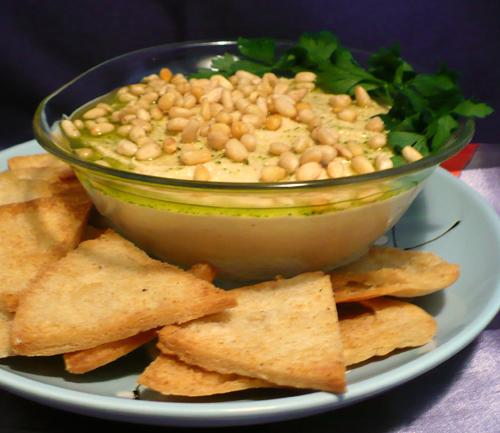 Hummus With Toasted Pine Nuts, Cumin Seeds and Parsley Oil easy fast ...